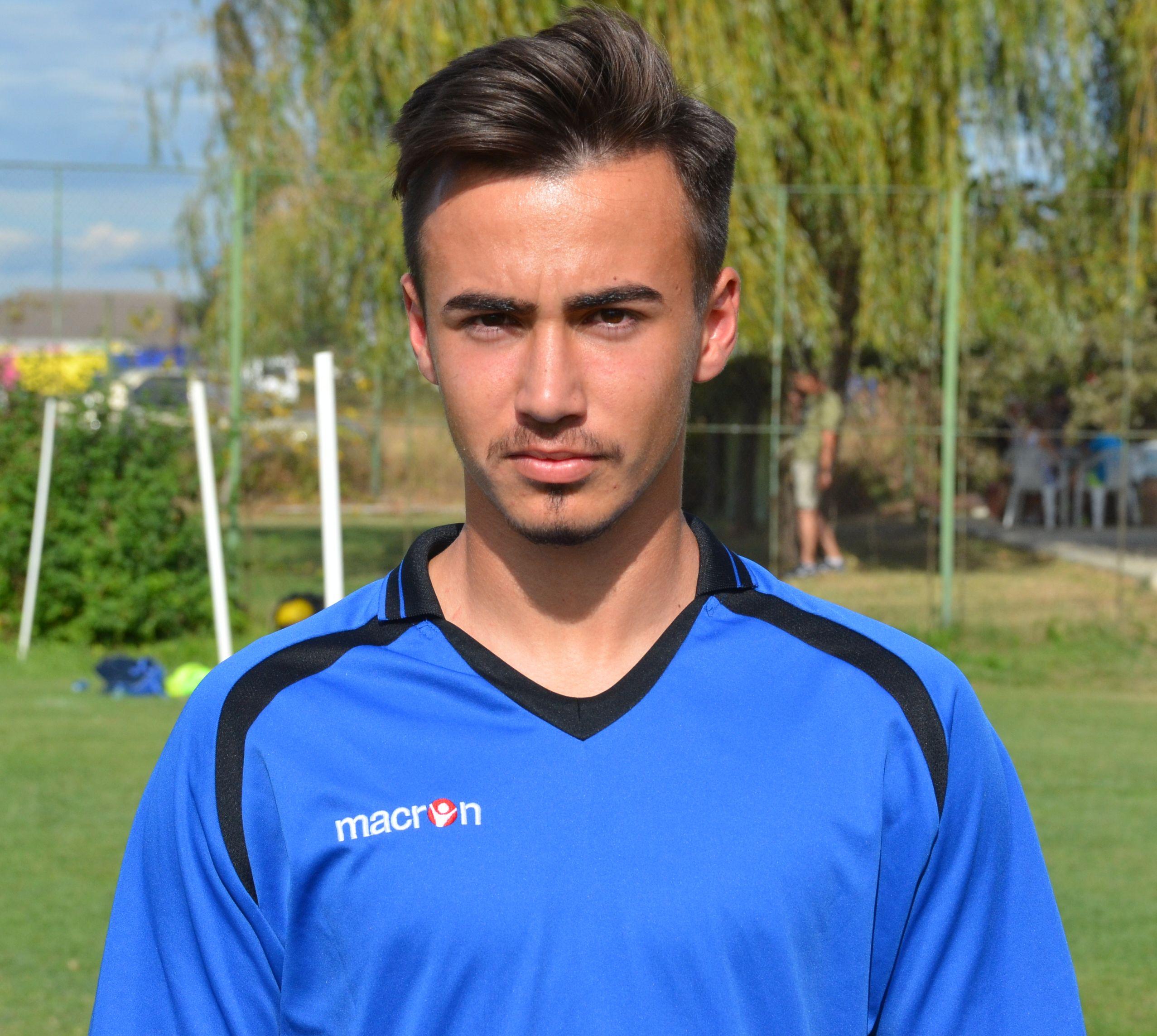 jucatorul Dobrescu Radu Nicolae