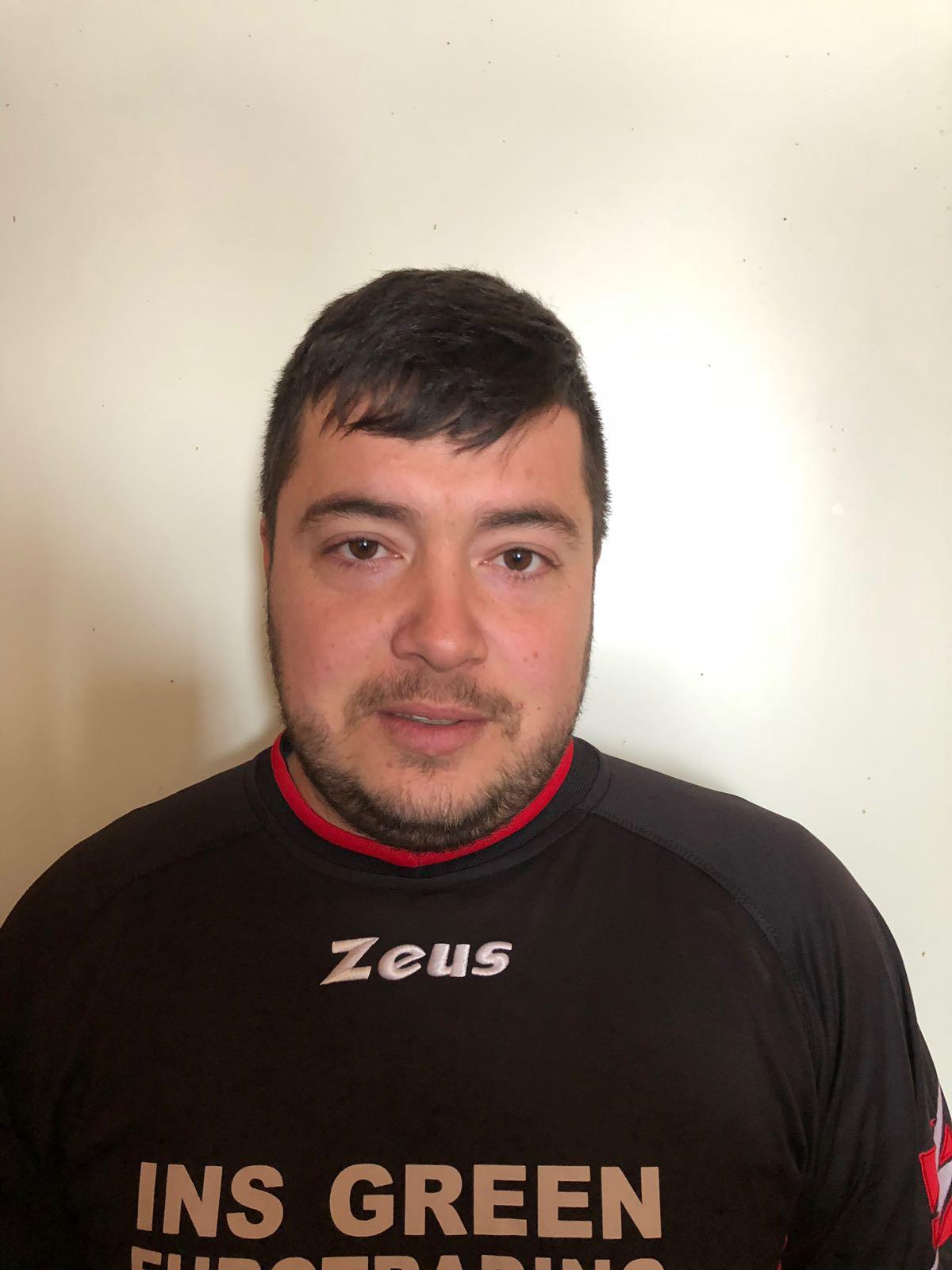 jucatorul Taru Claudiu Ilie