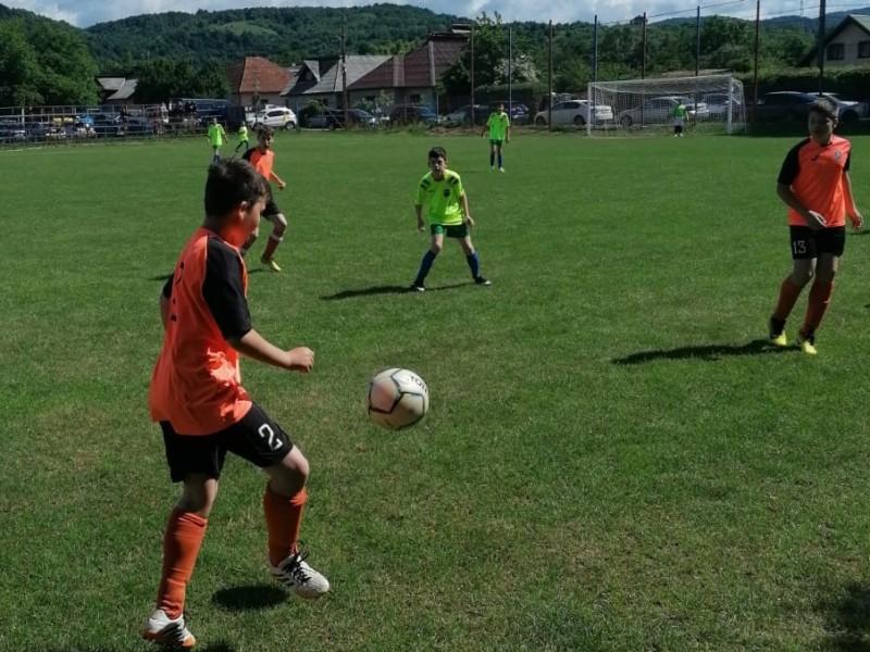 UNDER 13 - Finala se joacă între Sporting Maramureș și CS Minaur